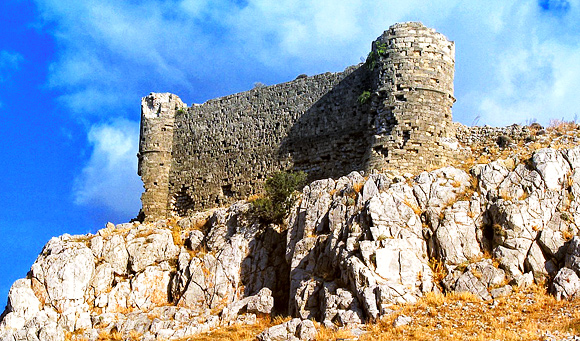 The castle of Feraklos