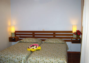 Petroto Villas - twin beds 1