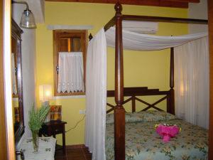 Petroto Villas - double bed 1